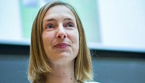 Iselin Nybø mener forslaget skaper et insentiv for å fullføre utdanningsløp. Foto: Siri Øverland Eriksen