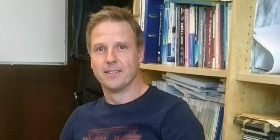 Steinnes-saken avslører en skremmende og forkastelig ledelsesukultur som gjør meg flau på NTNUs vegne, sier professor Bjørn Holmedal ved NTNU. Foto: Privat