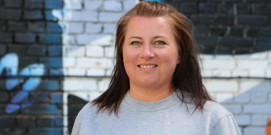 — Man blir ikke en god sosialarbeider av å sitte tre år i et auditorium, sier Kathrine Haugland Martinsen, leder for profesjonsrådet for sosionomer ved Fellesorganisasjonen. Foto: FO