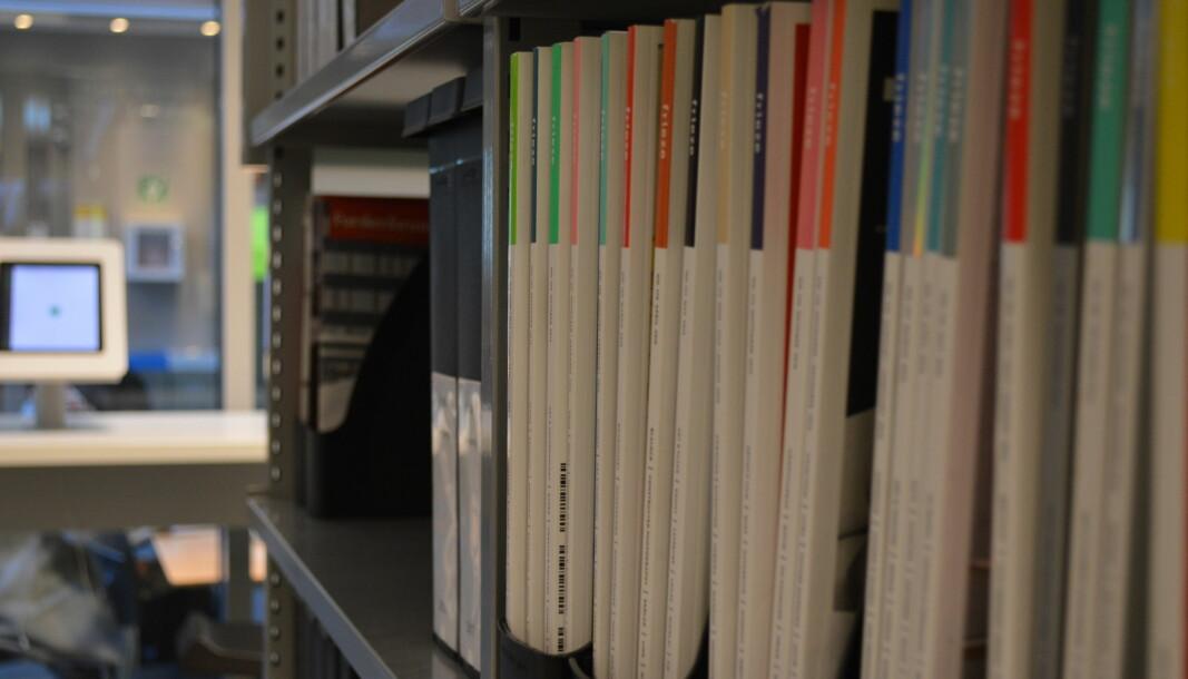 Den viktigste grunnen til at andelen publikasjoner på norsk går ned er ikke at engelsk fortrenger norsk, men at den internasjonale publiseringen har økt med 50 prosent, skriver NIFU-forsker Gunnar Sivertsen.