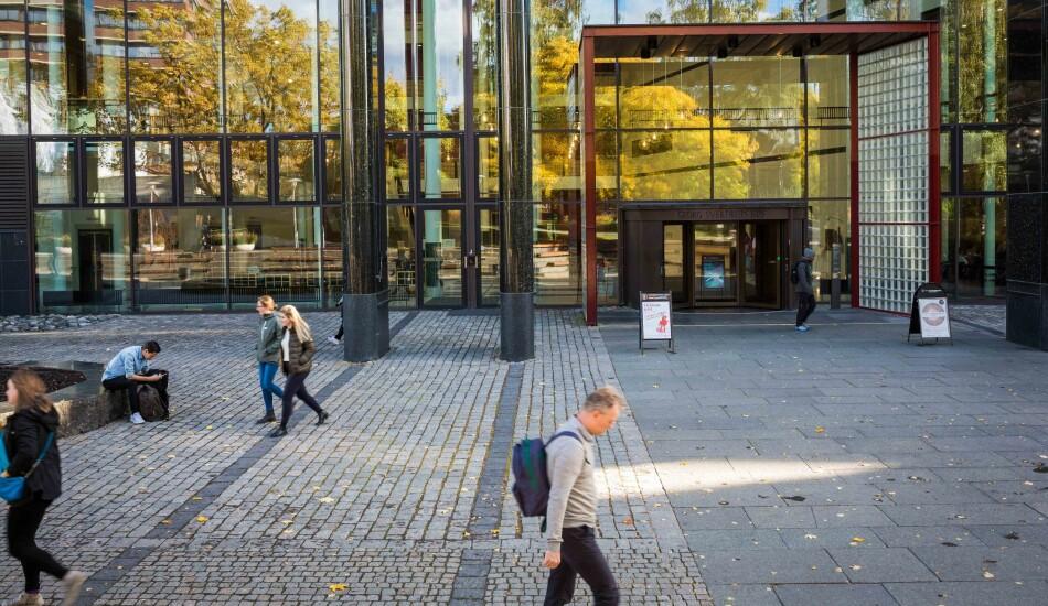 — Bør vi heller bruke ressurser på å heve studiekvaliteten i bredden? Det korte svaret er: Vi gjør det også, skriver prodekanene Solveig Kristensen og Eirik Welo om det nye honoursprogrammt på Universitetet i Oslo. Foto: Siri Øverland Eriksen