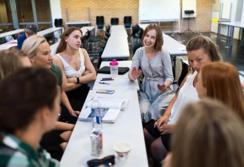 Jordell: Jenter som har 4 i matte er ikke så ofte interessert i små barn