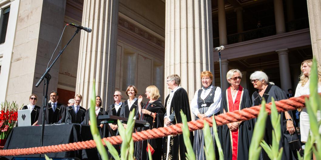 Det at rektoratet og dekanene avtaler en arbeidsform er en del av arbeidshverdagen på UiO, skriver Gro Bjørnerud Mo. Bildet er fra velkomstseremonien på Universitetet i Oslo i 2018. Foto: Runhild Heggem