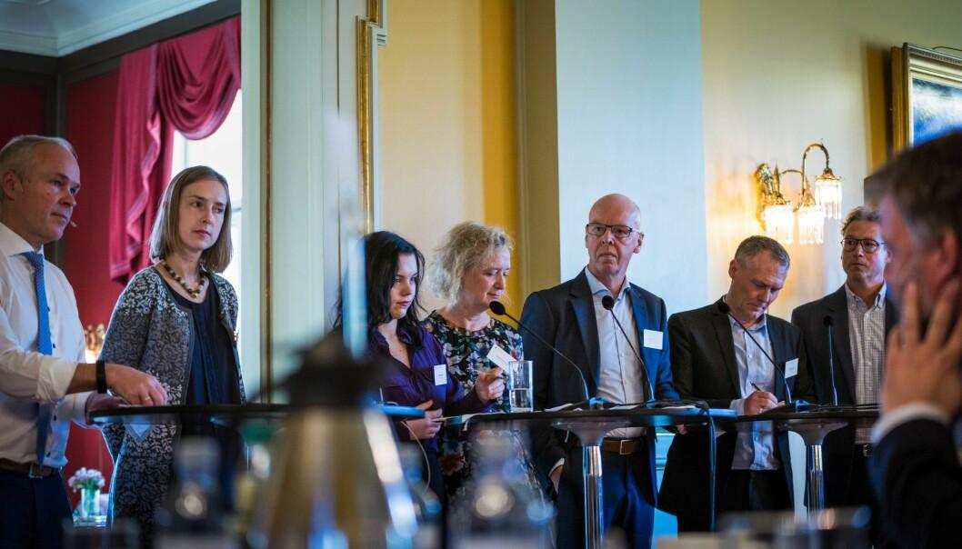 Jan tore Sanner og Iselin Nybø på utdanningspolitisk toppmøte i oktober. Foto: Siri Øverland Eriksen