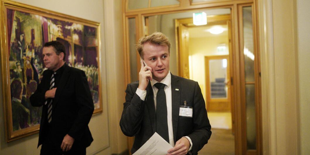 Leder for Norsk studentorganisasjon, Håkon Randgaard Mikalsen, i vandrehallen på Stortinget da regjeringens forslag til statsbudsjett for 2019 ble lagt fram. Foto: Ketil Blom Haugstulen