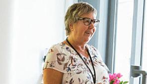 Førstelektor Kari Dahl er fagansvarlig for den kompletterende utdanningen for sykepleiere. Foto: Runhild Heggem