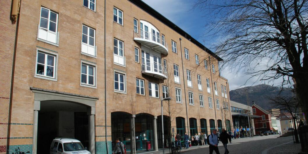 Fakultetsstyret på Det samfunnsvitenskapelige fakultet ved Universitetet i Bergen skal tirsdag behandle en ansettelsessak der det krangles om habilitet i ansettelsesprosessen. Foto: UiB