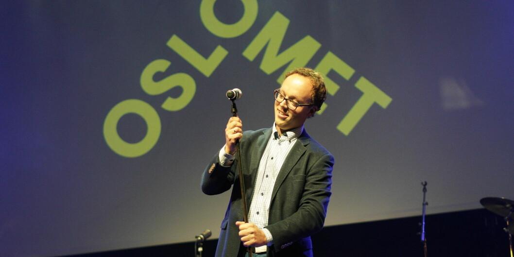 Førsteamanuensis Åsmund Hermansen ble kåret til årets underviser ved OsloMet i august i år. Han mener økt professorandel er en kjempemulighet for å få mer forskningsbasert undervisning. Foto: Ketil Blom Haugstulen