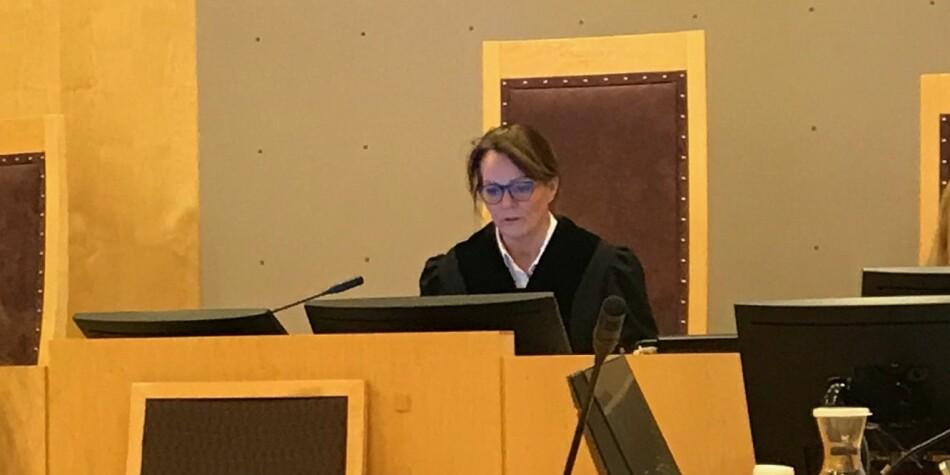 Dommer Elisabeth Jordan Ramstad administrerer retten i tvistesaken mellom Nils Rune Langeland og staten. Foto: Tove Lie
