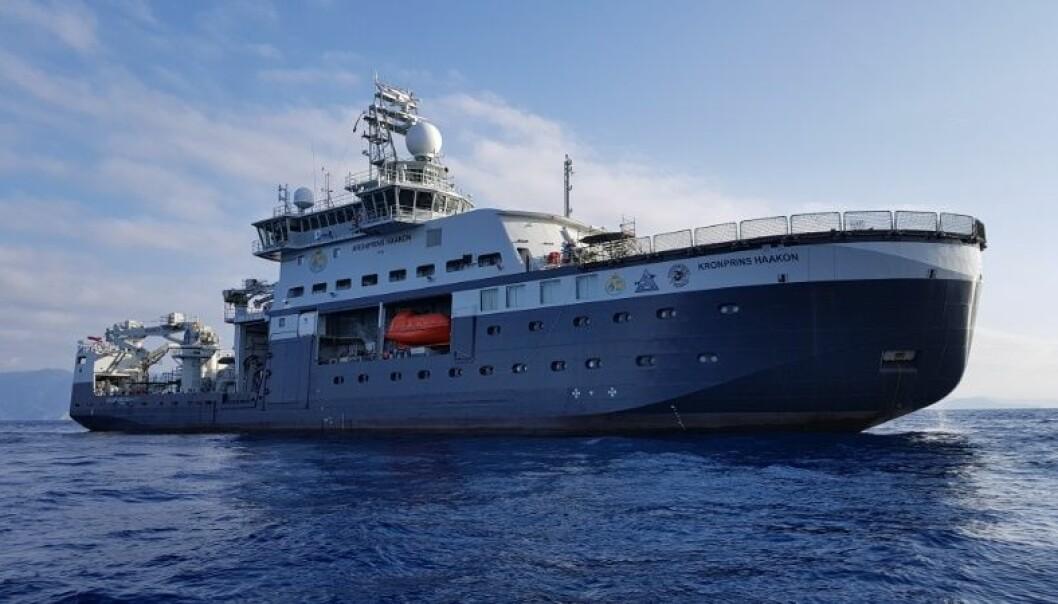 Havforskningsinstituttet overtok forskningsskipet «Kronprins Haakon» fra verftet i mars. Største bruker av båten er UiT Norges arktiske universitet. Foto: Øystein Mikelborg / Norsk Polarinstitutt