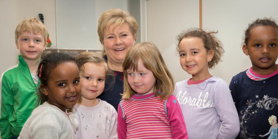 Erna Solberg og regjeringen vil ha flere barn. Men studentene ser ikke ut til å ha stilt opp for statsministeren sin i fjor. Foto: Hans Kristian Thorbjørnsen/Høyre