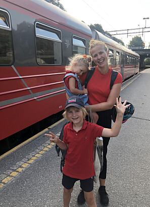 Live Østvik er snart ferdig sivilingeniør. Ved sin side på reisen har hun hatt barna Jonatan og Selma. Foto: Privat