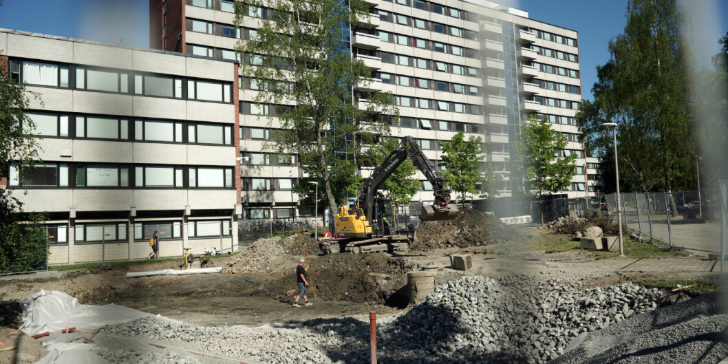 Slik så det ut da spaden ble satt i jorda for nye familieboliger på Kringsjå i Oslo. Her åpner det 82 nye i løpet av året. Foto: Ketil Blom Haugstulen