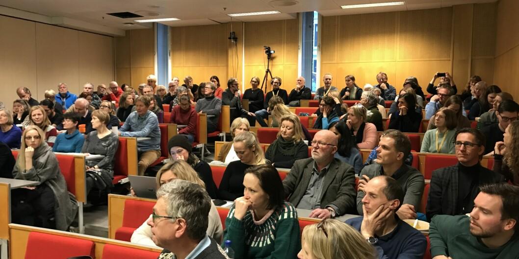 Fullt hus da ansatte ved OsloMet var invitert til lansering av demokratirapport fra NIBR. Foto: Eva Tønnessen