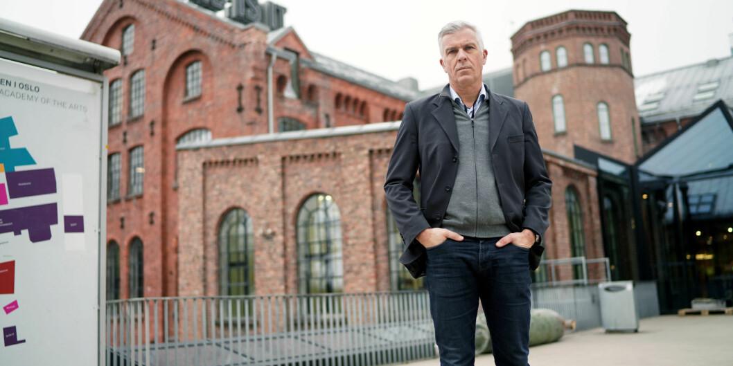 Avgåtte rektor ved Kunsthøgskolen i Oslo, Jørn Mortensen, er kalt inn som vitne i Oslo tingrett etter at Forskerforbundet har gått til sak mot KHiO på grunn av det de mener er ugyldig avskjed av en faglig ansatt. Foto: