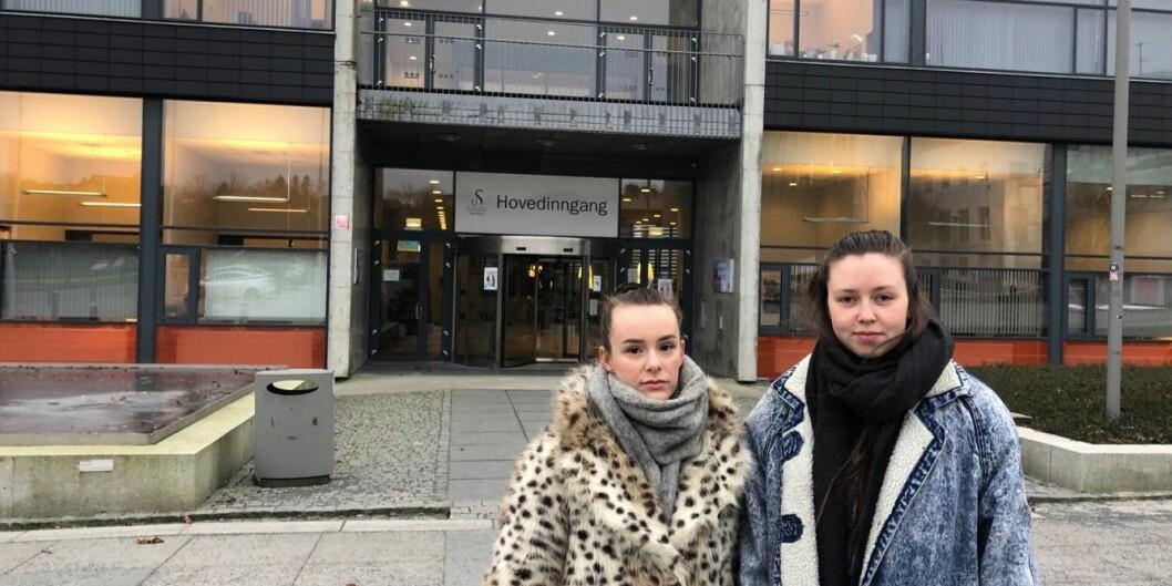 Stavangerstudentene Linnéa-Elise Asheim og Oddny Margrethe Lilleaas går andreåret på femårig utdanning for grunnskolelærere. De føler seg lurt av universitetet, føler at de ikke møter forståelse og mener at saken kan få konsekvenser for deres jobbmuligheter og karriere. Foto: Privat