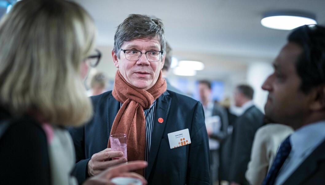Rektor Svein Stølen er glad for at Universitetet i Oslo har fått på plass et offentlig tilgjengelig register over ansattes sidegjøremål. Foto: Siri Øverland Eriksen