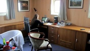 Med kontor på havet kan mykje bli gjort. Valeria Schwanitz hadde lugar på frakteskip då ho tok sjøvegen frå Europa til USA på møter og konferanse. Foto: Privat