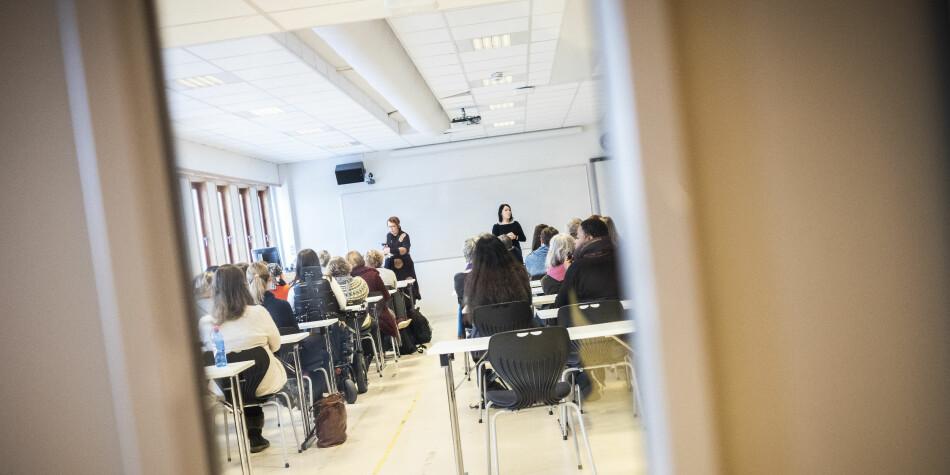 Institutt for sosialt arbeid er samlet til møte om etterspillet etter Eikrem-saken. Rektor Gunnar Bovim er til stede. Foto: Torkjell Trædal