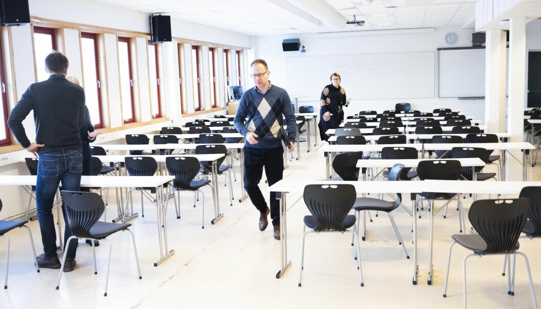 Her forlater Eikrem møtet og instituttleder Riina Kiik. De to ble enige om å være uenige. Foto: Torkjell Trædal
