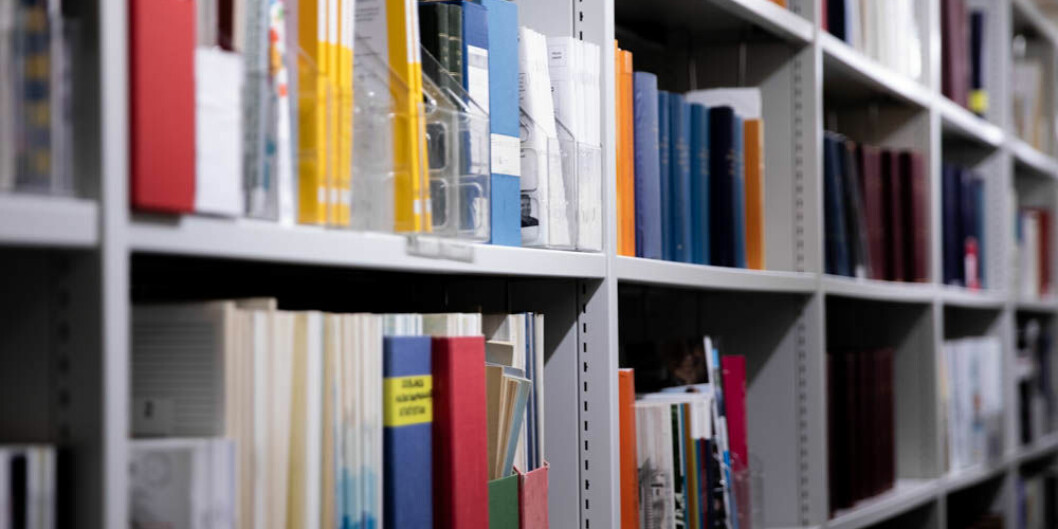 Bibliotek og tidsskrifter. Foto: Mina Ræge