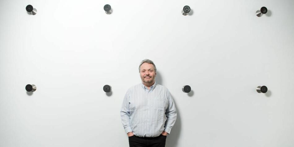 Ståle Einarsen er professor ved Universitetet i Bergen. Han har sidegjøremål som er enda mer innbringende. Foto: Eivind Senneset/UiB