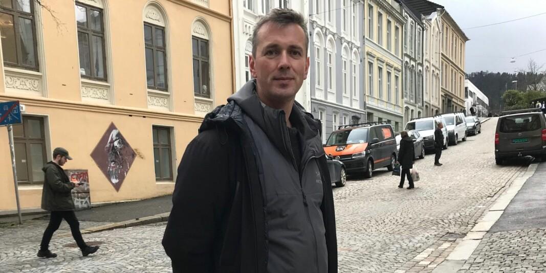 Psykolog og tillitsvalgt i Forskerforbundet ved Universitetet i Bergen, Helge Holgersen, synes det er uforståelig at NTNU kan bruke så lang tid på denne saken.
