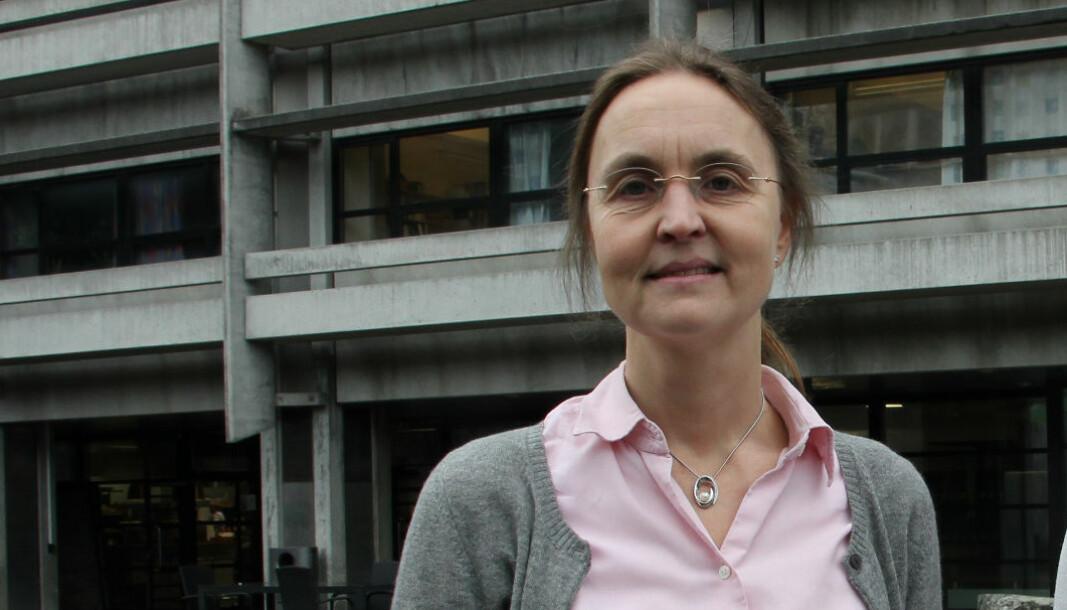 Professor Bodil Holst er svært nysgjerrig på hva det som trolig er kinesiske hackere ville vite om henne og forskningen hennes.