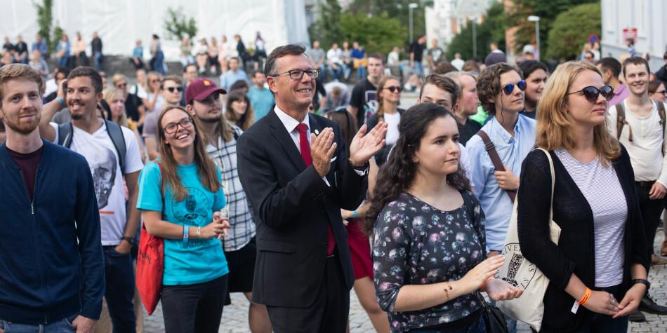 Vi beveger oss sannsynligvis helt på kanten av hva dagens universitets- og høyskolelov tillater. Men slik har det ikke alltid vært, skriver Dag Rune Olsen. Foto: Emil W. Breistein / UiB