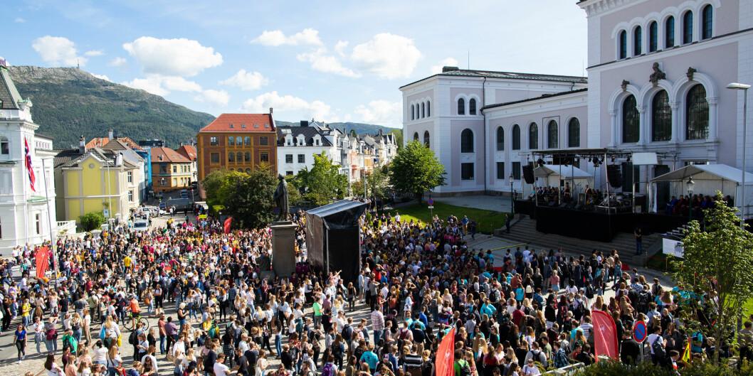 Universitetet i Bergen har gitt støtte til en høring som ser ut til å kunne legge vesentlige begrensninger på «meningsbrytingen» ved universitetet, skriver jusstudent og medlem i Læringsmiljøutvalget, Tarjei Ellingsen Røsvoll. Foto: Emil W. Breistein / UiB