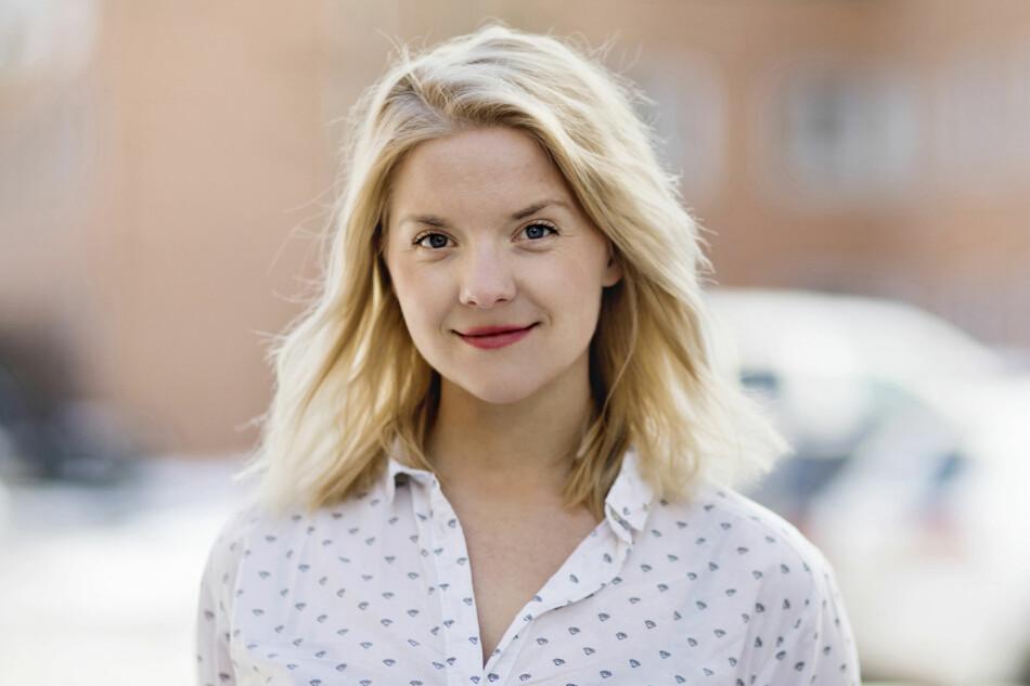 Benedicte Borchgrevink, kommunikasjonsrådgiver i Lånekassen, sier at studenter med fulltidstillitsverv kan få lån og stipend i tillegg til honorarer, men det er på visse vilkår. Foto: Lånekassen