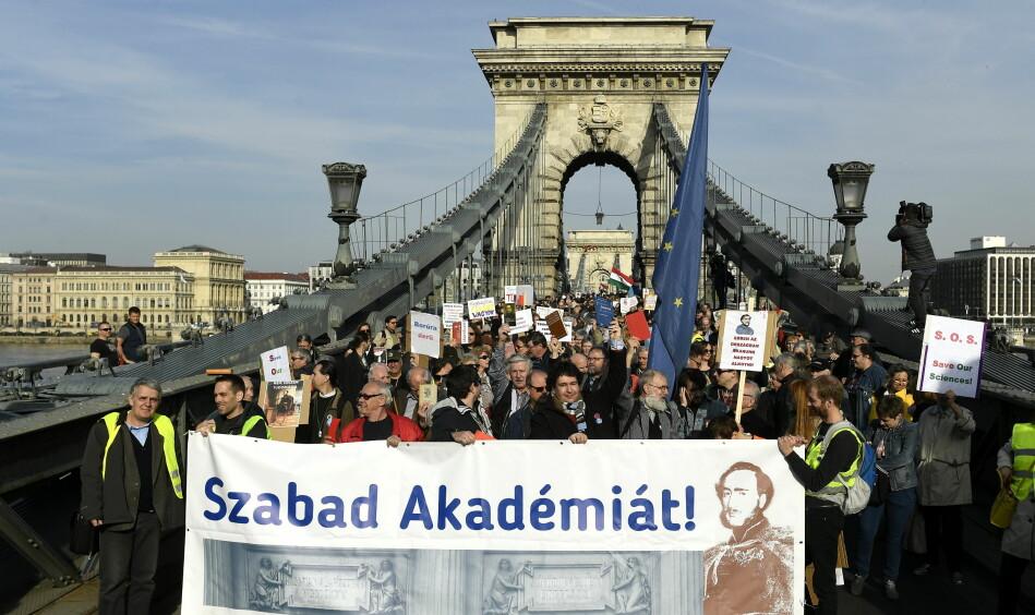 March for Science i Budapest, Ungarn, i mars i år. Foto: Szilard Koszticsak, EPA/NTB scanpix