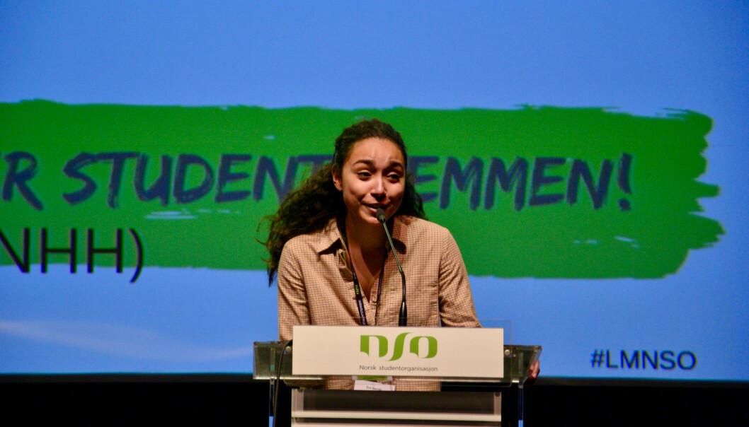 Eira Martinsen Garrido fra Universitetet i Bergen var en av dem som var med på å dra opp kvinneandelen på talerstolen under årets landsmøte i NSO. Foto: Øystein Fimland
