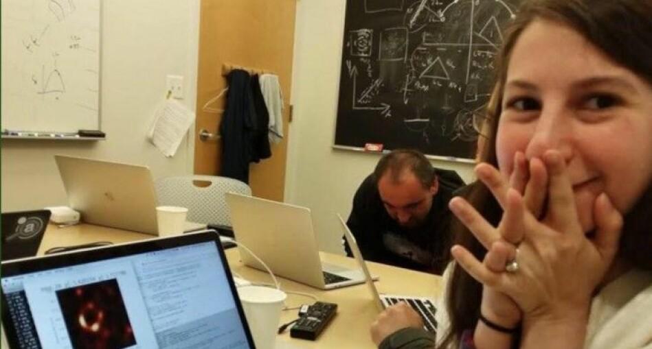 Katie Bouman er en av forskerne som bidro til det første bildet av et sort hull. Foto: Katie Bouman / Facebook