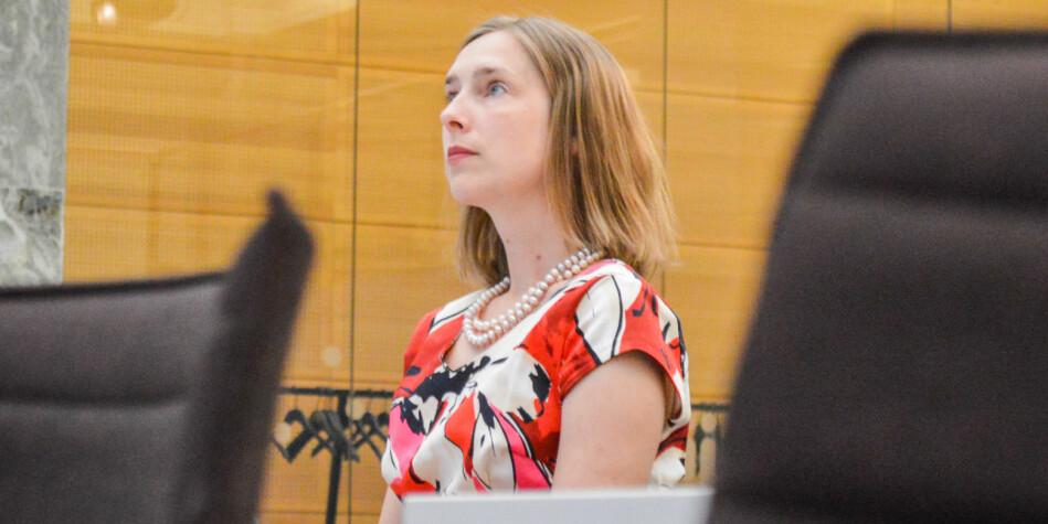 Forsknings- og høyere utdanningsminister Iselin Nybø skal finne ut hva strukturreformen har gitt av gevinster. Foto: Torkjell Trædal