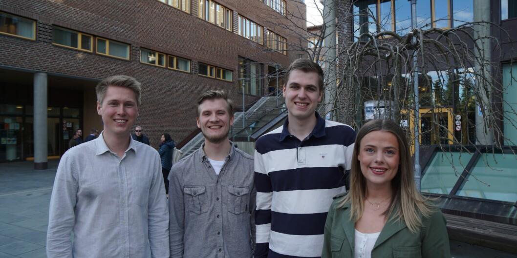 Det nye arbeidsutvalget i Studentparlamentet ved UiT Norges arktiske universitet, f.v. Herman Siggerud, Petter Rønning, Haakon Nybø, Marthe Håkonsen. Foto: Studentparlamentet UiT