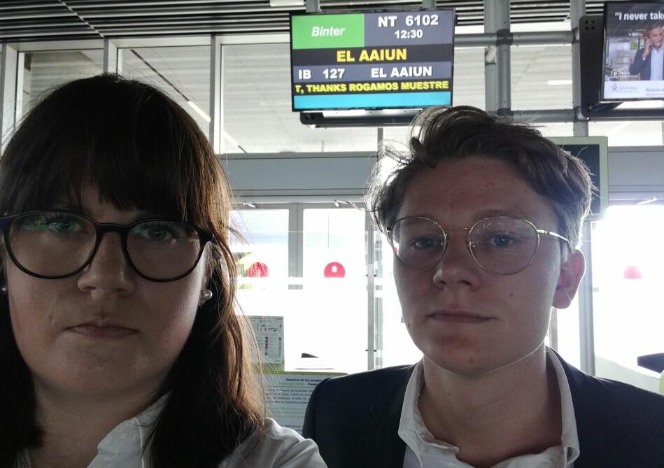 De to jusstudentene fra Universitetet i Bergen, Vegard Fosso Smievoll og Kjersti Brevik Møller, var sendt av Raftostiftelsen for å overvære en rettssak i Vest-Sahara. Foto: Privat