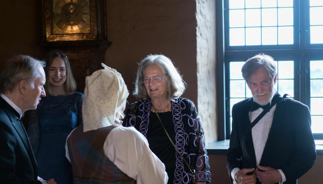 Iselin Nybø, Karen Uhlenbeck og mannen Bob Williams tok i mot gjestene på Akershus slott. Foto: Ketil Blom Haugstulen
