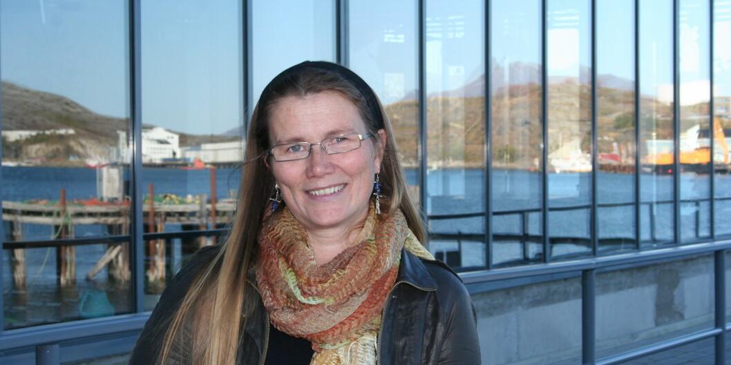 Professor og dekan Hanne Thommesen har vært medlem i Forskerforbundet i mange år. I 2012 var hun dekan og streiket i to uker. I morgen skal hun ut i en eventuell streik igjen, selv om hun har fått delvis dispensasjon. Foto: Nord universitet