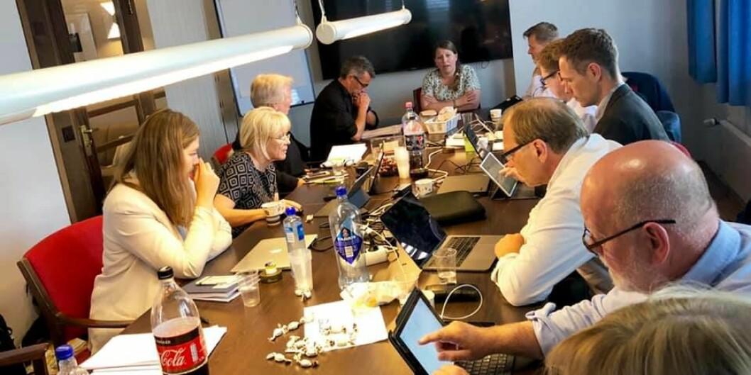 Unios forhandlingsdelegasjon gjør seg klar til meklingsinnspurt. Foto: Unio