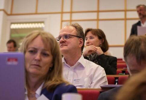 Reichert-rapporten om arbeid med trakassering er overlevert