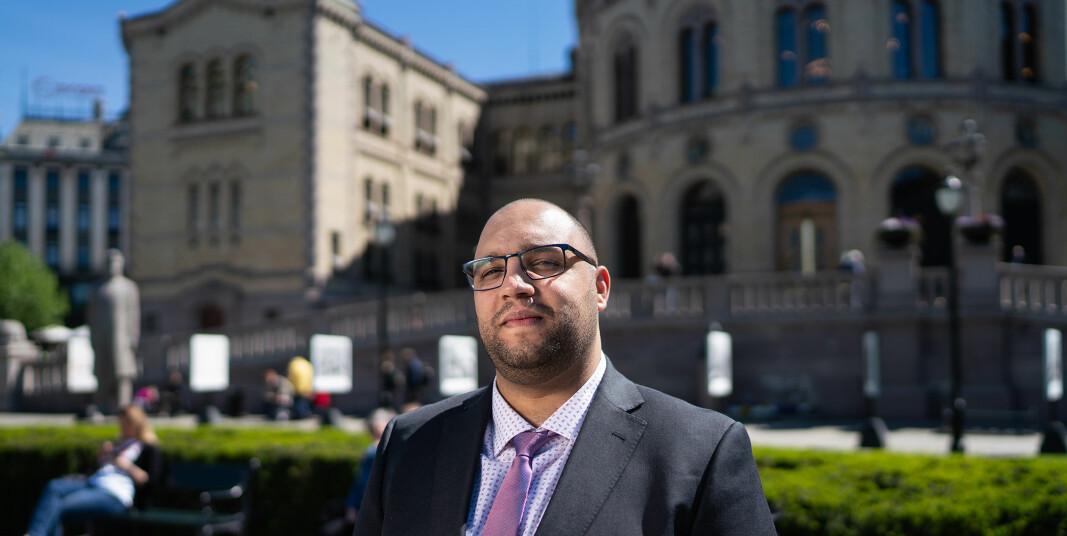Amine Fquihi er president for organisasjonen International Students' Union of Norway (ISU) og sier at flere internasjonale studenter melder til organisasjonen at de sliter økonomisk.