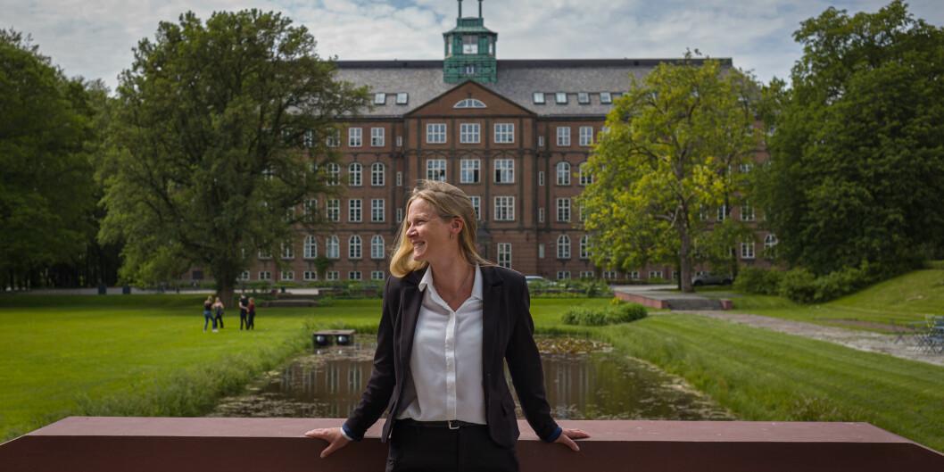 — Jeg er nok skrudd sammen sånn at jeg alltid har lyst til å bidra til å utvikle det stedet jeg er, sier avtroppende rektor på NMBU, Mari Sundli Tveit. Foto: Siri Øverland Eriksen.