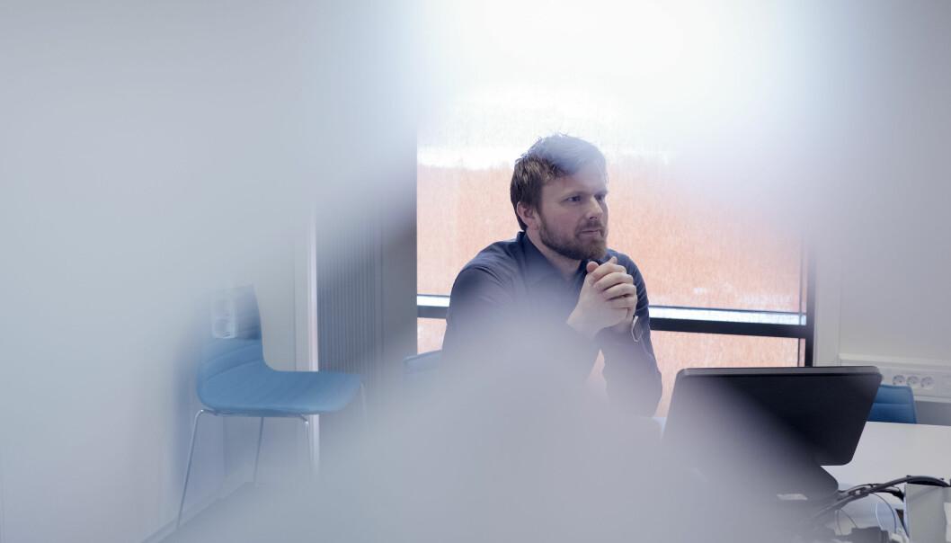Kommunikasjonssjef ved Nord universitet, Andreas Førde, har tidlegare forsvart bruken av pengar på konsulentar til strukturarbeid og PR ved universitetet. Foto: Paul S. Amundsen