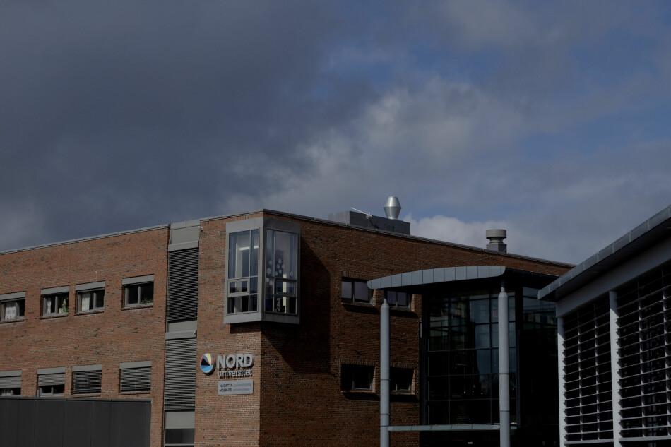 Tanken med strukturreforma var at store studiestadar skulle støtte opp om dei små, slik at dei kunne vidareutviklast og styrkast, skriv Joar Sande og Siv Iren Juklestad. Foto fra Nord universitet sitt campus i Bodø. Foto: Paul S. Amundsen