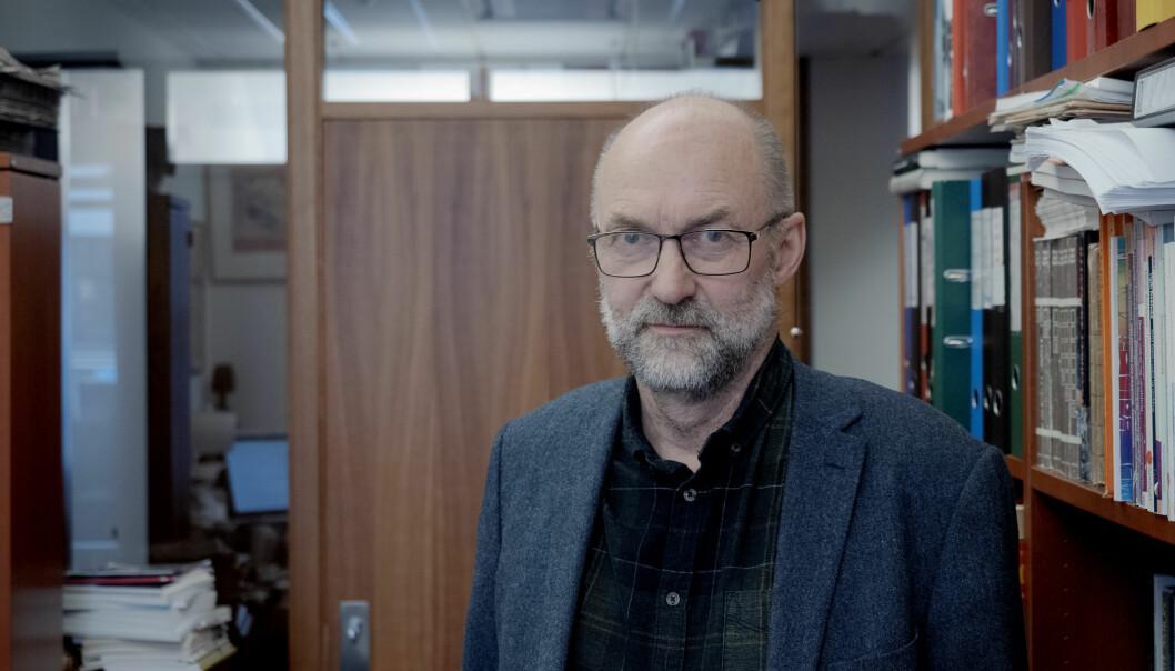 Tor Helge Allern er professor ved Nord universitet. Han har vore ein av dei sterkaste kritikarane av vedtaket om å legga ned utdanningstilbodet i Nesna.