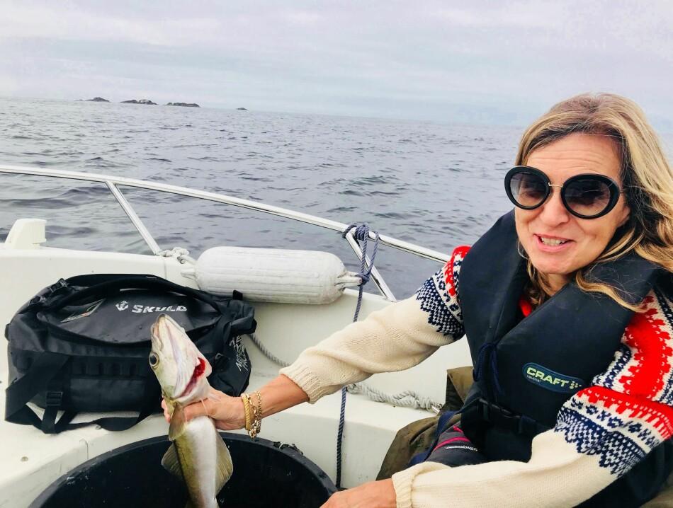 Forskningsleder Nicoline Frølich gleder seg til et rolig tempo i ferien; drikke kaffe lenge om morgenen, kanskje dra ut å fiske og dagens store gjøremål blir å kjøpe en is av god kvalitet. Foto: Privat