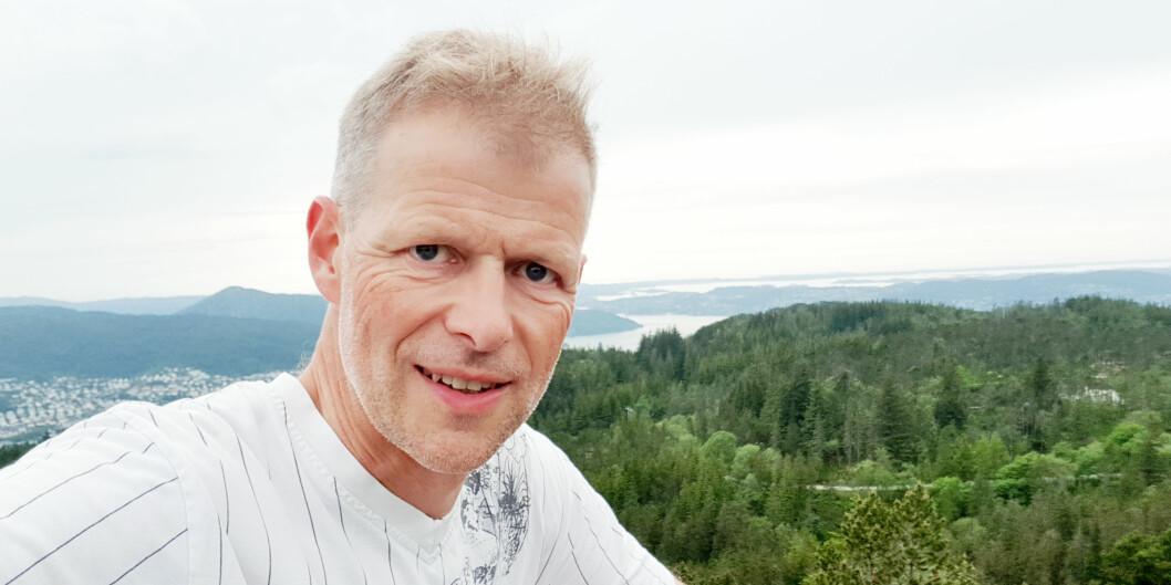 Kårstein Måseide har vært med å utvikle klimakalkulatoren fra Senter for klima og energiomstilling (CET). Selv reiser han ikke med fly verken i sommer eller resten av året.