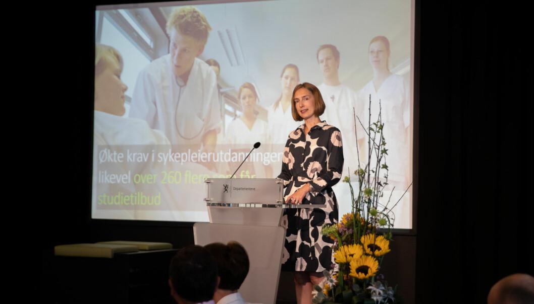 2019: Statsråd Iselin Nybø presenterte i år som i fjor hovedtallene for årets opptak til høyere utdanning på OsloMet. Foto: Mina Ræge