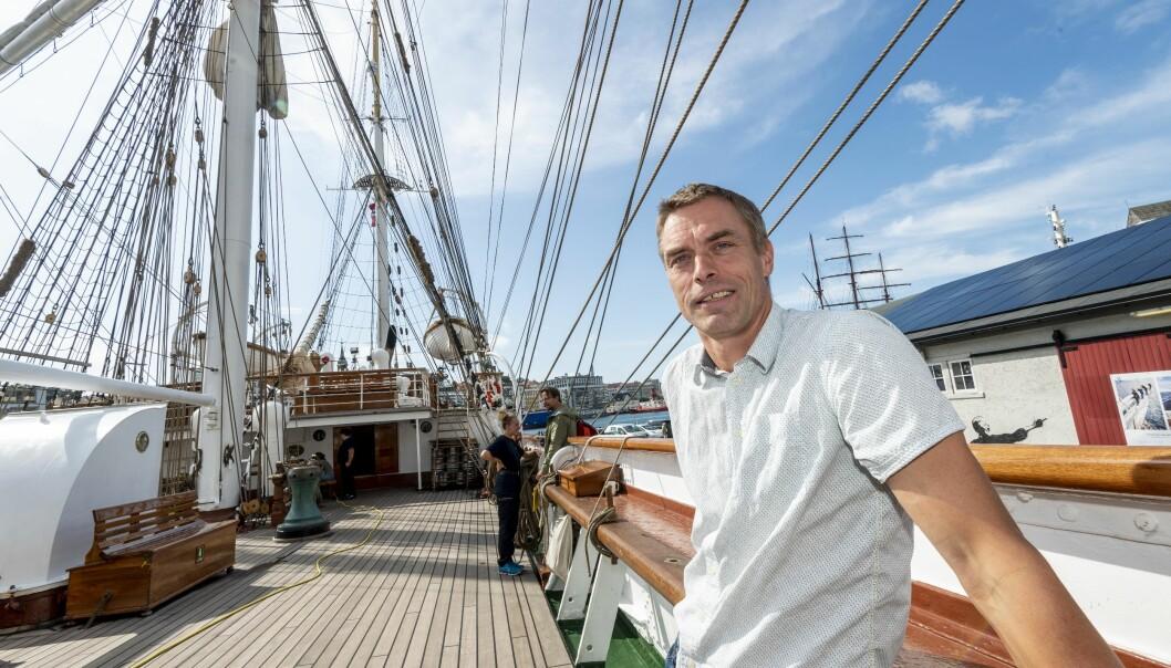Tore Furevik er direktør for Bjerknessenteret, og den som først meinte at det var ein god idé å segla til Arendal. Det er meldt nordavind - godt seglingver - dei første dagane. Foto: Tor Farstad